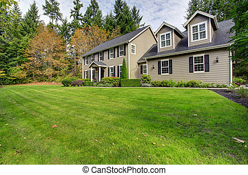 Large classic house exterior - Large american classic house...