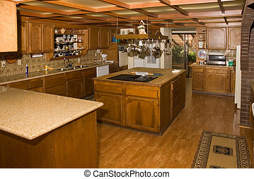 Large Country kitchen in Oregon