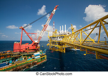 crane barge doing marine heavy lift - Large crane vessel...