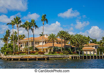 Large House in Fort Lauderdale