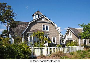 Beach House - Large New Luxury Beach House