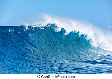 Ocean Wave - Large Powerful Ocean Wave