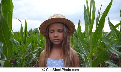 largo, niño, serio, paja, niña, día, farm., rubio, campo,...