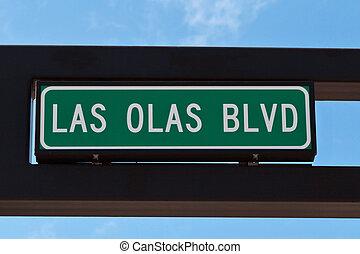 Las Olas boulevard sign