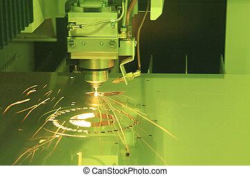 laser, découpage, de, métal