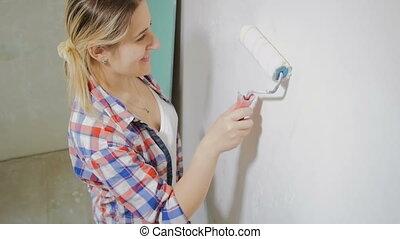 lassú, fal, tető, indítvány, woman mosolyog, festmény, hosszúság, hajcsavaró, kilátás