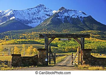 Last dollar road, Colorado, USA