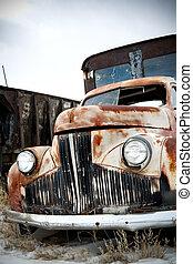 lastbil, övergiven