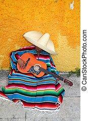 lat, mexikanare, sombrero, gitarr, serape, man, hatt, typisk