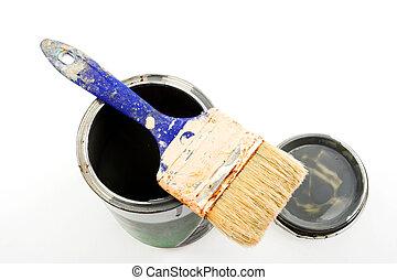 lata de la pintura, brocha