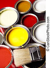 latas, cepillo, pintura