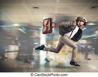 Late man tourist - Tourist runs late to the flight departure