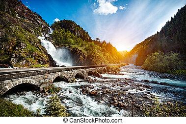 latefossen, cascada, noruega
