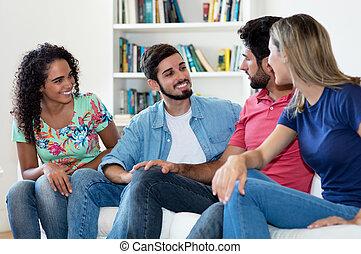 latin, csoport, emberek társalgás, amerikai, kaukázusi