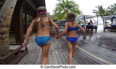 lato, małe dziewczyny, urlop, danie zabawa, podczas, ...