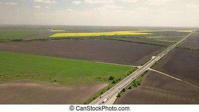lato, prospekt, wieczorny, antena, panoramiczny, truteń, wozy, abstrakcyjny, ciężarówki, lasy, ptaszek, video, 4k, pola, oko, rolniczy, geometryczny, autostrada, sunset.
