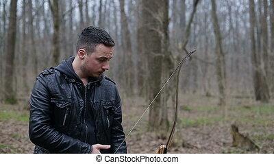 latorośle, człowiek, las, łuk