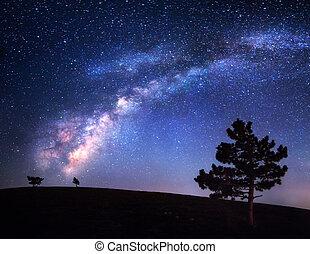 latteo, way., bello, notte, paesaggio., cielo, con, stars., fondo