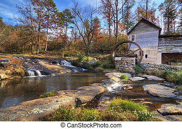 Laudermilk Mill - Laudermilk Gristmill in Northeast Georgia,...