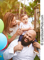 laughing beard father with family