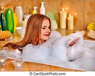 lavagem, mulher, bathtube., perna