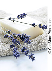Lavender soap - Bar of natural aromatherapy soap with dried ...