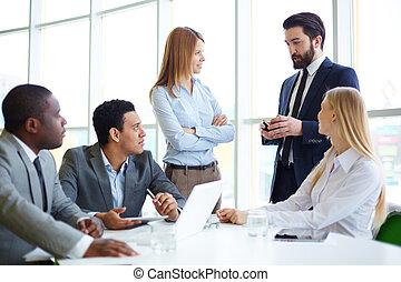 lavorando, riunione