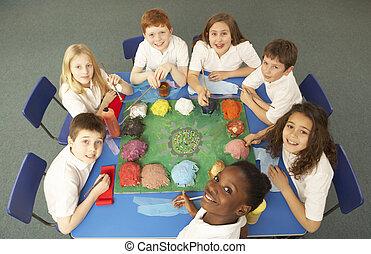 lavorativo, scrivania, insieme, alto, schoolchildren, vista
