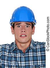 lavoratore costruzione, preoccupato