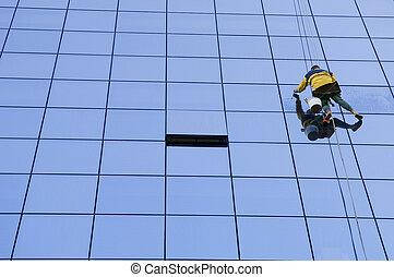 lavoratore, finestre bucato