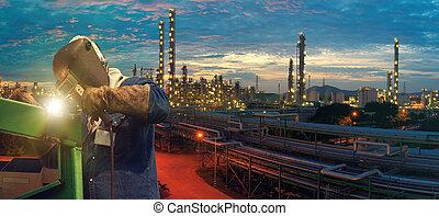 lavoratore industriale, fabbrica, saldatura