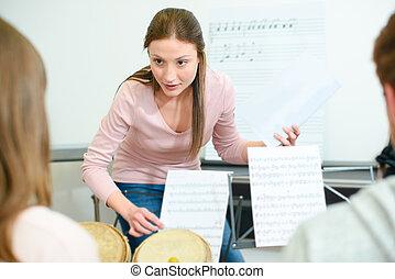 lavoro, insegnante musica