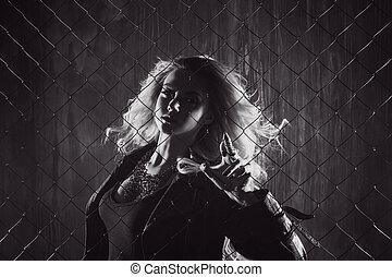 law., フェンス, の後ろ, mesh., 外, 黒, 魅力的, 白, femme, ブロンド, よくマッチする