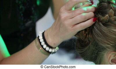 Laying braids using stud