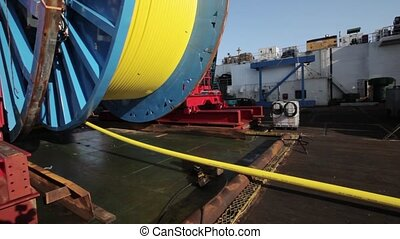 Laying of underwater optical cable on sea bottom - Cable...