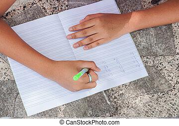 leány, könyv, kezezés írás