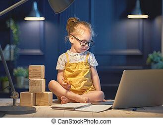 leány, számítógép, dolgozó