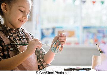 leçon, noël, fait main, balle, décoratif, écolière, heureux, peinture, il