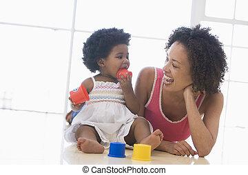 le, inomhus, dotter, leka, mor
