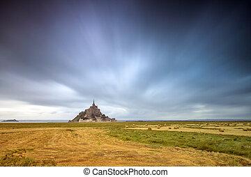 Le Mont Saint-Michel long exposure