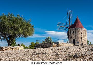 Le Moulin de Daudet, Fontvieille, France