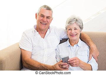 le, par, användande, rörlig telefonera