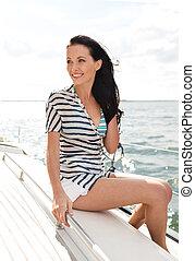 le, ung kvinna, sittande, på, yacht, däck