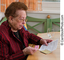 Leaflet accompanying a patient with drug - Old Woman with...