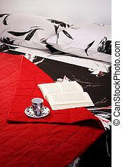 lectura, cama