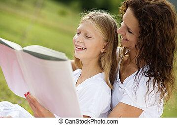 lecture, gosses, livre, mère