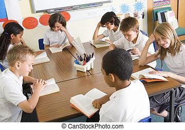 lecture, livres, classe, écoliers