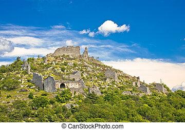 Ledenice historic town on the hill ruins view, Vinodol ...