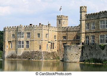 Leeds Castle 2 - Leeds Castle, Kent