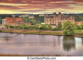 Leeds Castle at Sunrise - Beautiful sunrise over the Leeds...